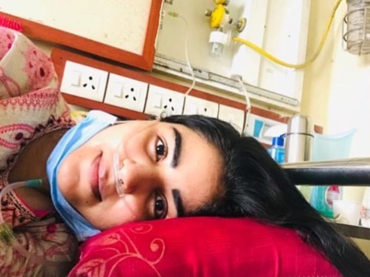 Actress Shikha Malhotra Who Has Been Serving As Nurse At BMC Hospital Tests COVID-19 Positive