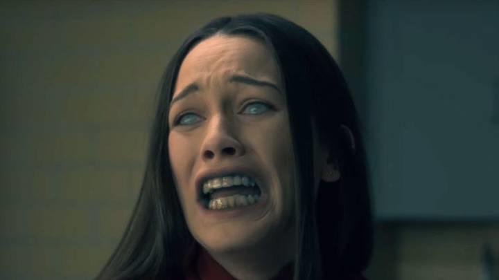 The haunting of bly manor is a sequel to the haunting of hill house
