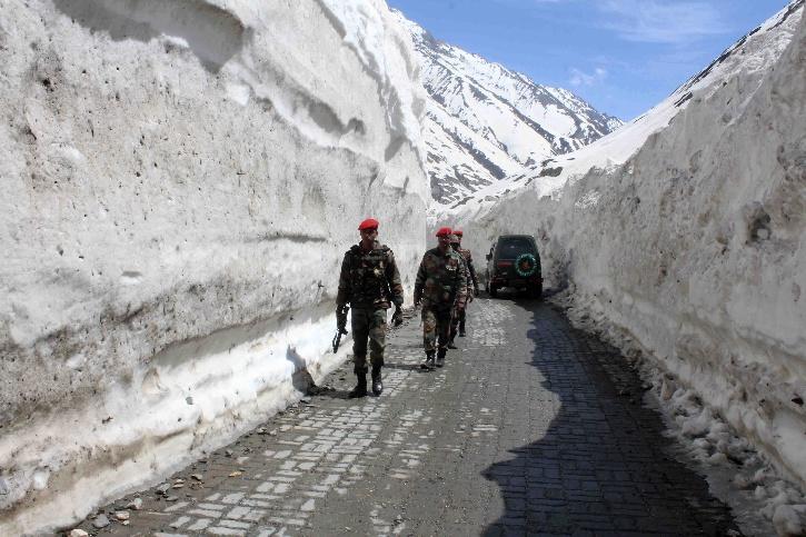 zojila-pass-tunnel