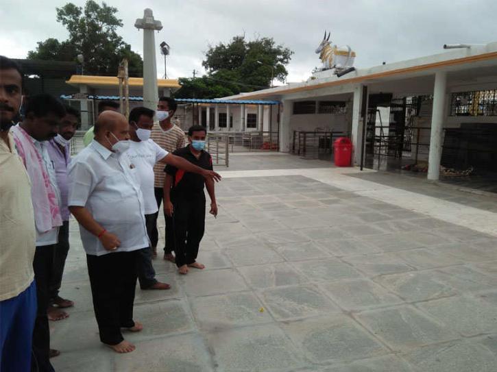 Sri Arakeshwara Temple, Sri Arakeshwara Temple Guttalu , Karnataka Temple, Karnataka Temple Priests, Mandya Temple Robbery
