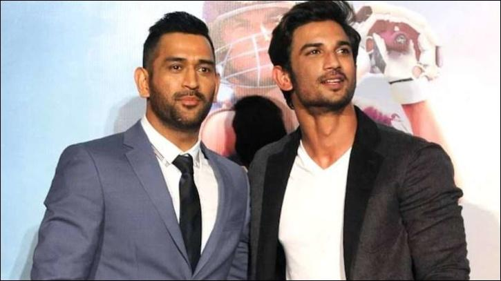 MS Dhoni with Sushant Singh Rajput / Agencies