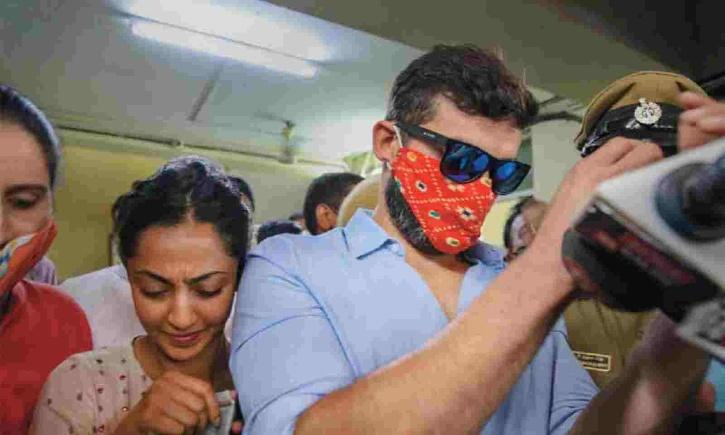 Aindrita Ray and Diganth Manchale Kannada rug scandal.