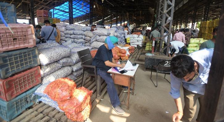 Cereals, Pulses, Oilseeds, Onion, Potato prices, Essential Commodities, Essential Commodities Act, Onion Prices