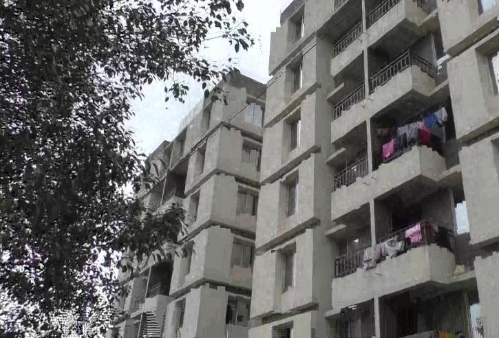 Prakash Bhalani, Prakash Bhalani Surat, Surat Builder, Homeless People, Financial Crisis, COVID-19, Rented Accomodation
