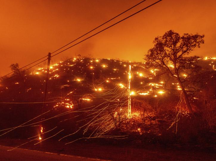 its second lowest level on record as a result of heat waves and forest fire