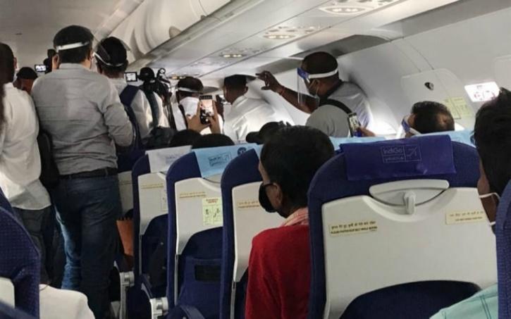 DGCA, DGCA IndiGo, DGCA Kangana, Kangana Flight, Kangana IndiGo Flight