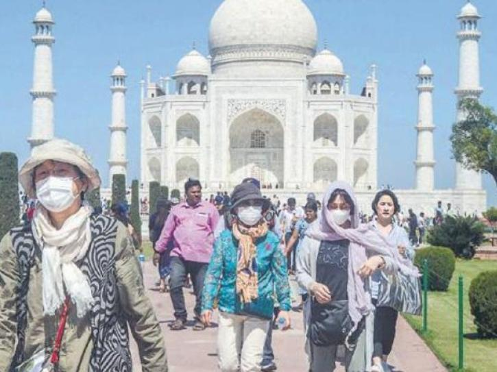 5,000 visitors would be permitted at the Taj Mahal