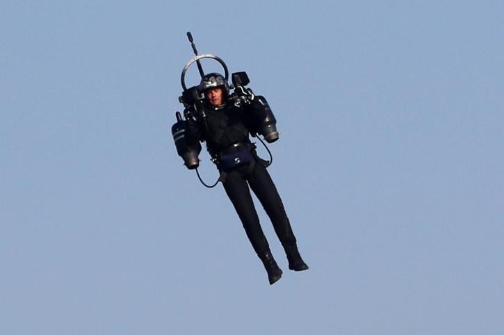 Man in jetpack