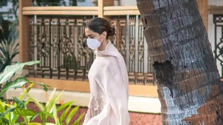 Deepika Padukone arrives for questioning at NCB / Agencies