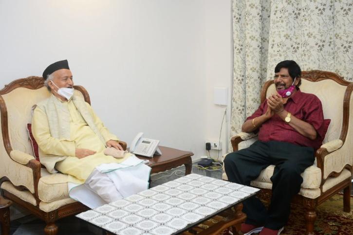 Ramdas Athawale Meets Governor