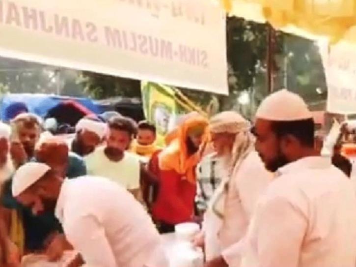 Muslim Sikh langar