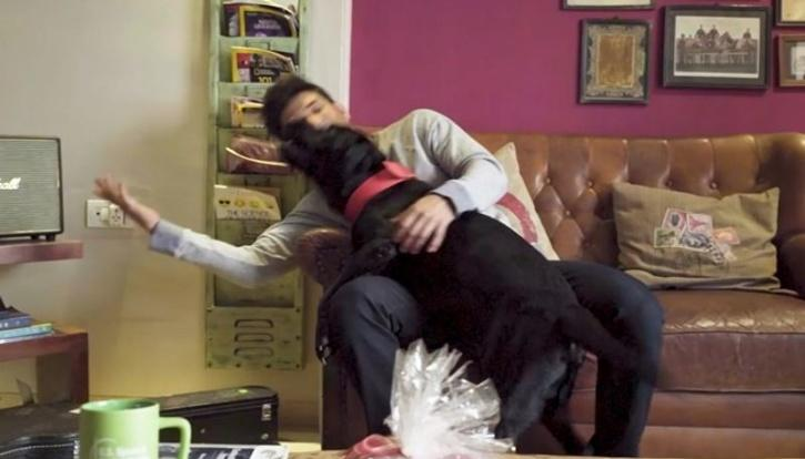 Sushant Singh Rajput with his dog Fudge / Youtube