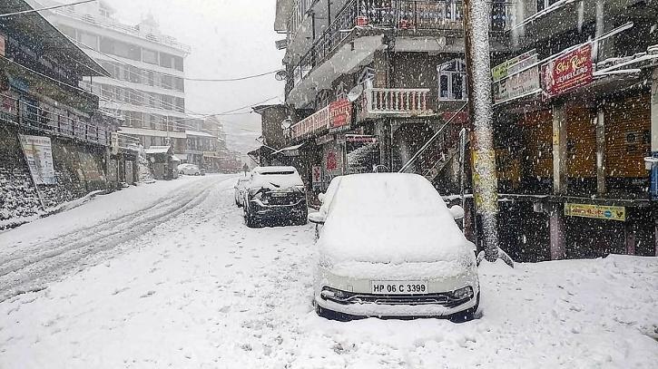 Himachal snow in April
