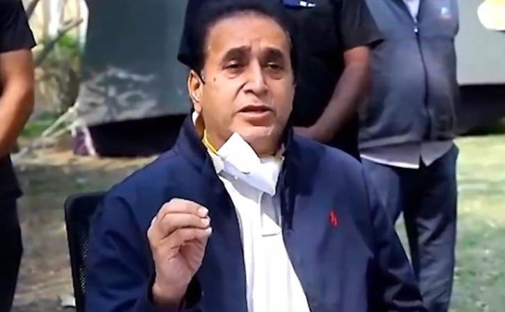 Maharashtra Home Minister Quits After Bombay HC Orders CBI Probe