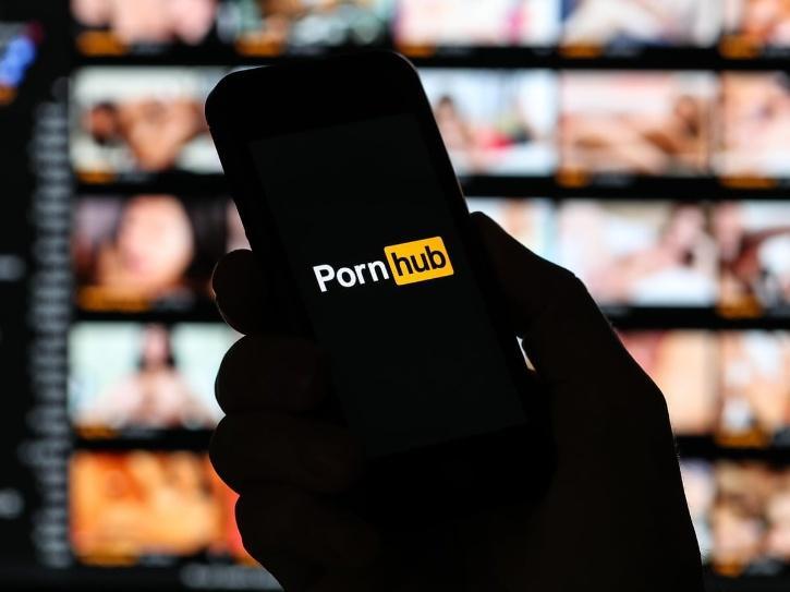 Man quits Pornhub