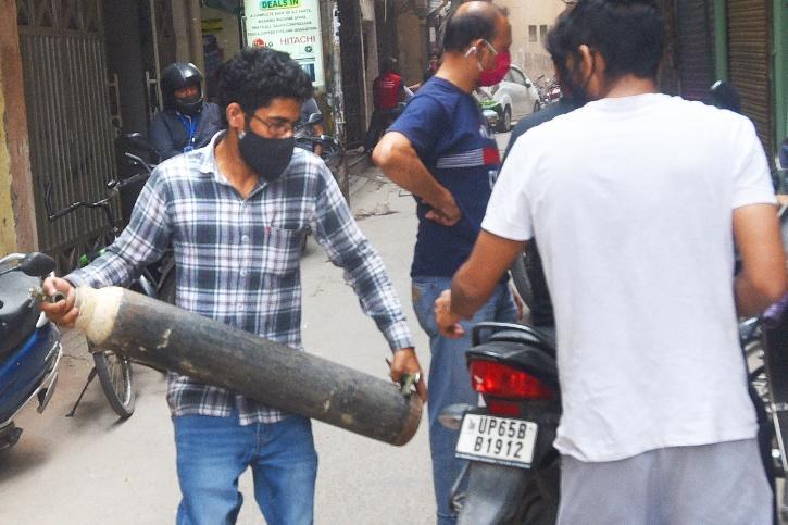 Delhi COVID Oxygen Shortage Deaths