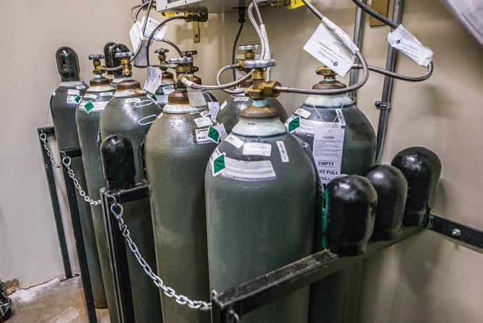 mosques provide free oxygen cylinders in Mumbai