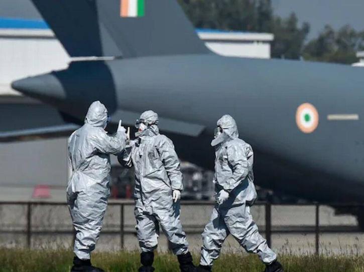 IAF oxygen cylinders
