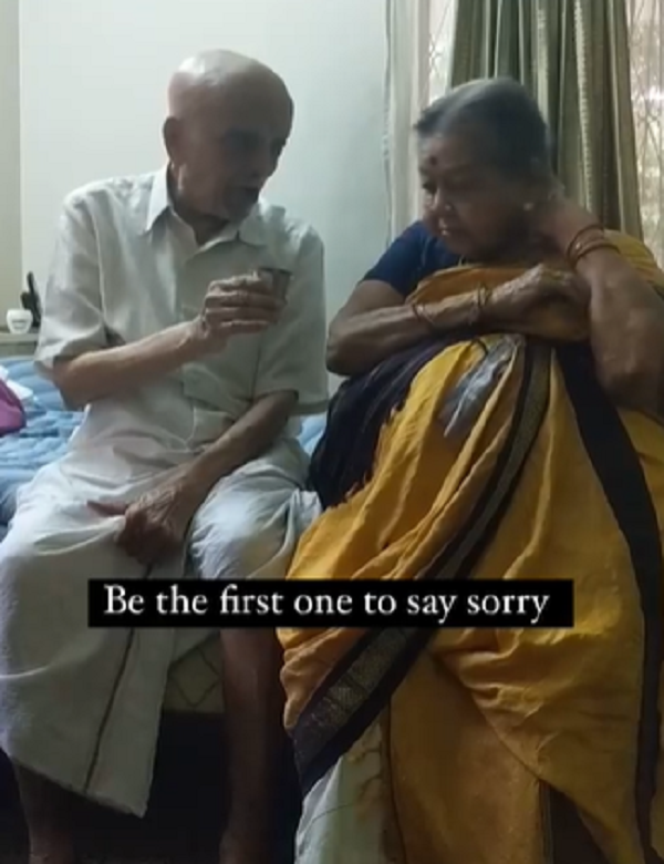 Couple in 72 years of marriage