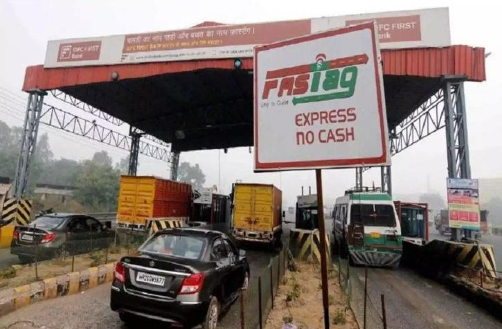 Ever since, FASTag was made mandatory for vehicles, there have been frequent commotions between locals and toll companies over concession