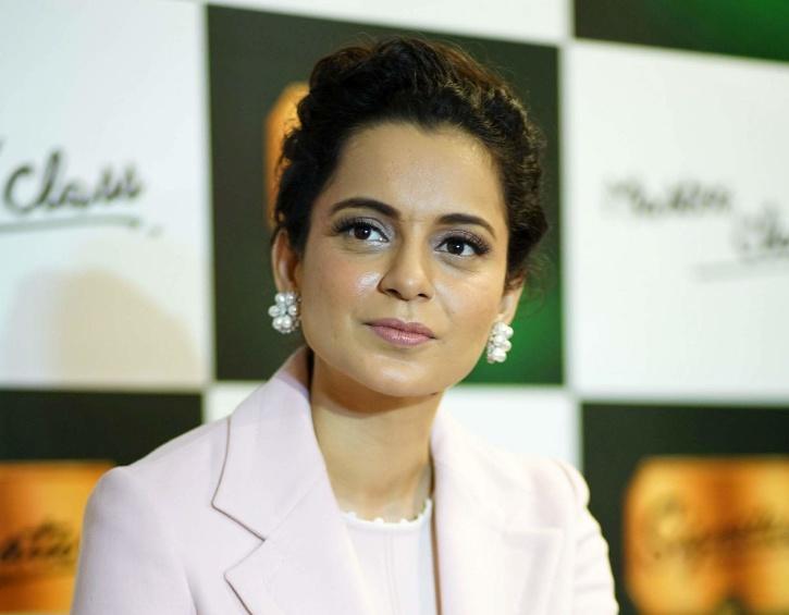 Kangana Claims She Got Secret Calls From Akshay & Other Big Stars Praising Thalaivi Trailer Calls Bollywood Hostile