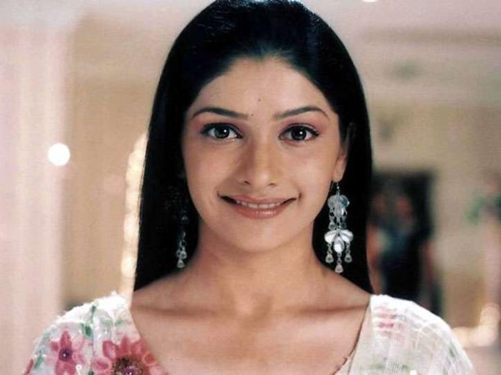 Prachi Desai Admits Being A Victim Of Nepotism, Says