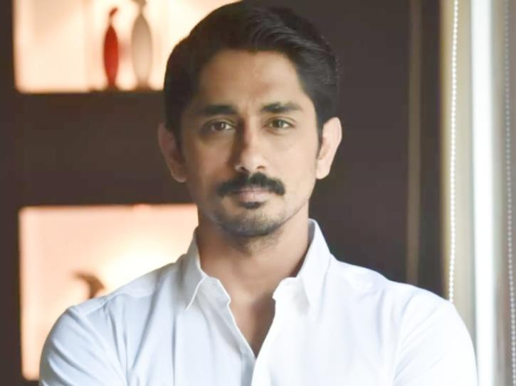 Actor Siddharth tells PM Modi that BJP members have leaked his phone number and he is getting threats.