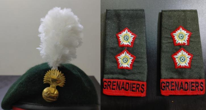 photo of the beret and the shoulder patch