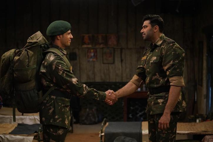Nikitin Dheer, who played Major Ajay Singh Jasrotia, lovingly called Jassi – was paid 35 lakhs.
