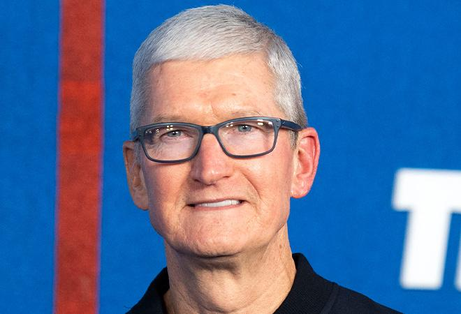 Before and after picture of Tim Cook