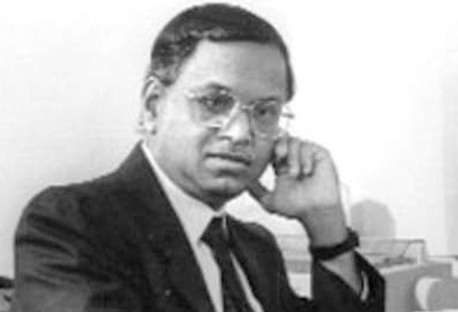 Before and after picture of Narayana Murthy