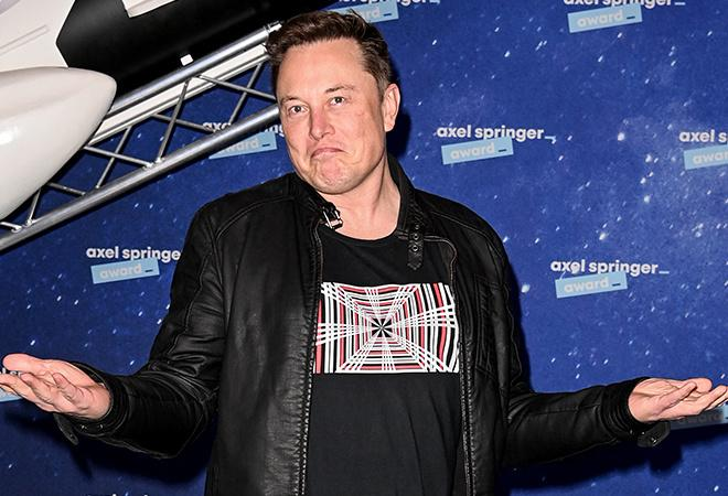 Before and after picture of Elon Musk