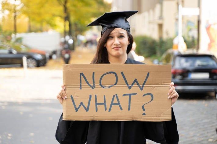 graduating college during pandemic.