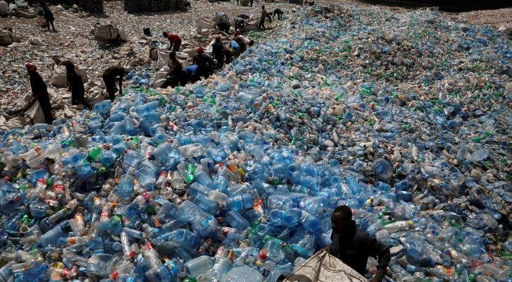 plastic waste landfill