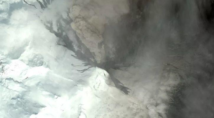 alaska volcanic eruption