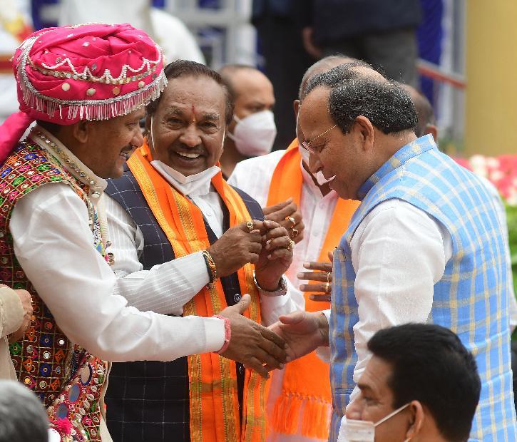Karnataka Ministers, Prabhu Chauhan