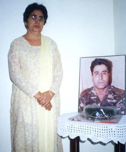 Dimple Cheema, who is now a teacher stays committeed to Captain Batra and chose to remain unmarried to date.