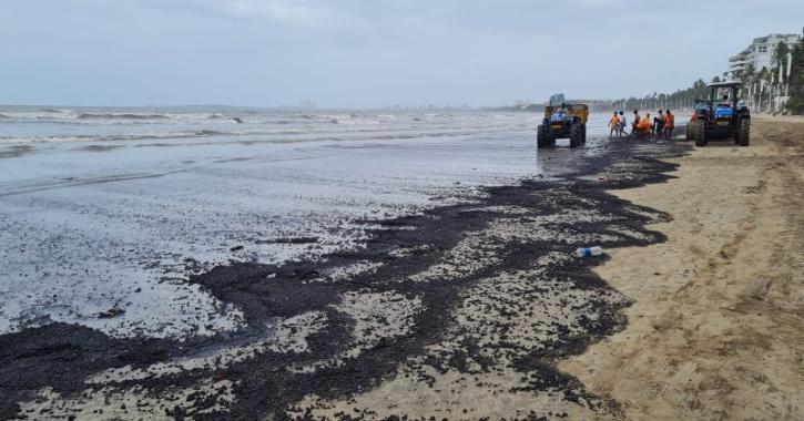 Juhu Beach Oil Spill