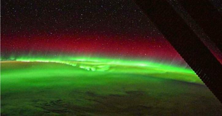 esa aurora images thomas pesquet