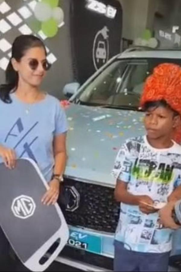 sahdev dirdo gets a car