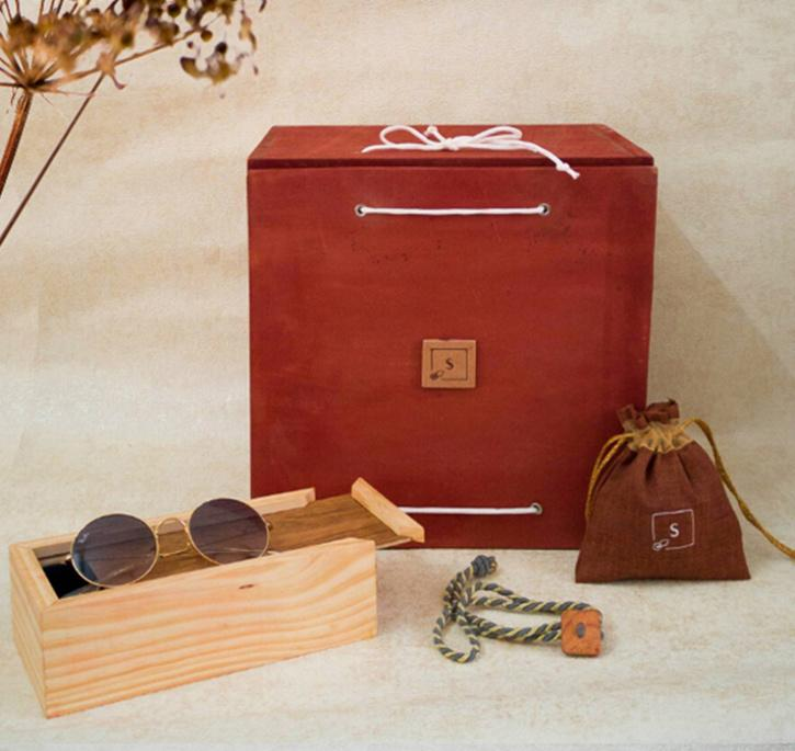 Rakhi gifts for brothers, rakhi gift hampers for brothers