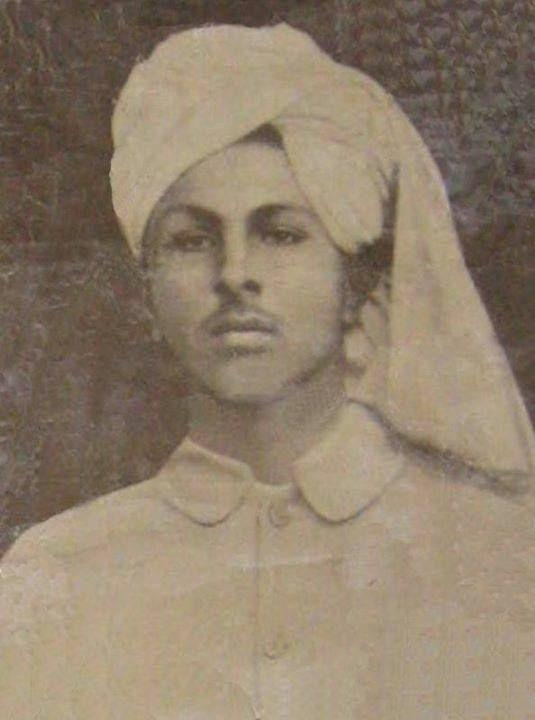 Rare Photo of Indian Freedom Fighter Bhagat Singh | funalive.com