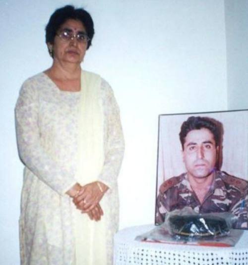 Vikram Batra's Parents Asked Dimple Cheema To Get Married But All She Wanted To Live Her Life With His Memories