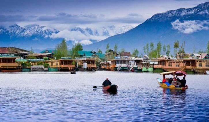 Dal Lake Jammu & Kashmir