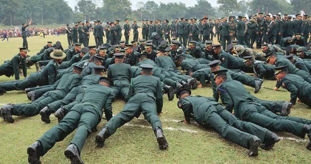 peole in the army