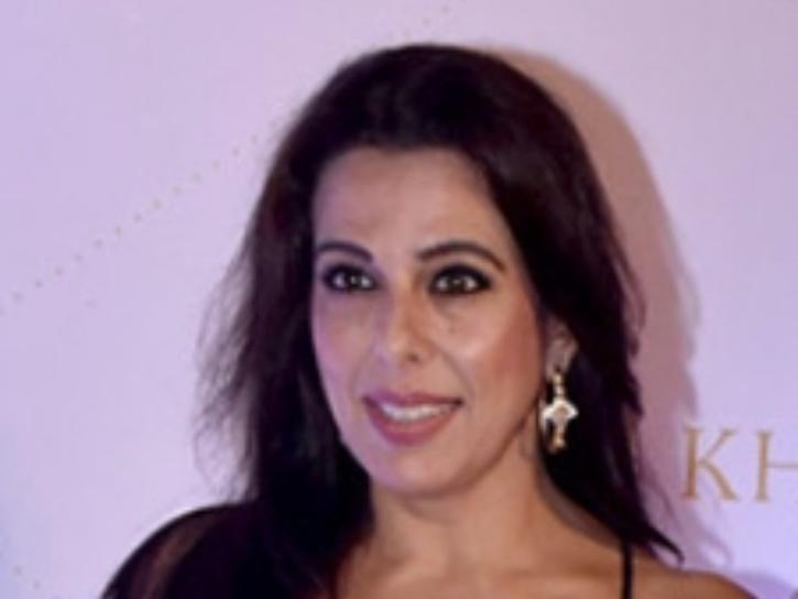 Pooja Bedi Asks Why Unvaccinated People Aren't Allowed In Malls, Local Trains, Calls The Discrimination Illogical