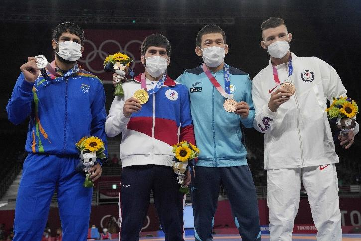 ravi dahiya silver medal olympic