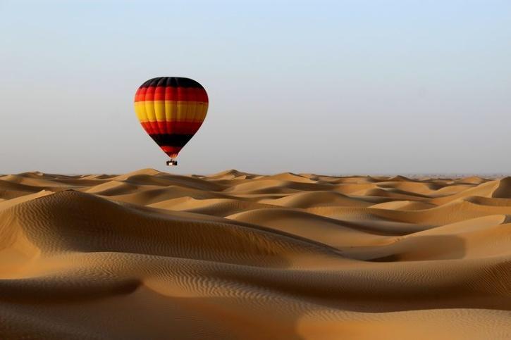 Hot air balloon dubai tourism