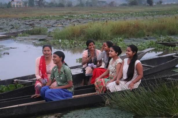 6 Assam girls make sustainable yoga mat