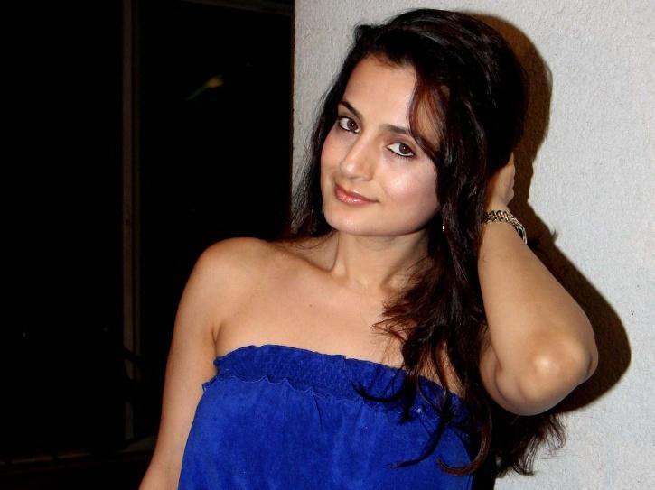 A still of Bollywood actress Ameesha Patel.
